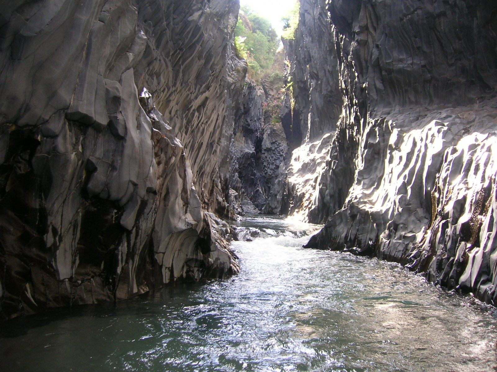 Alcantara Gorge Tour: 6 things to do in the Gorges of the Alcantara