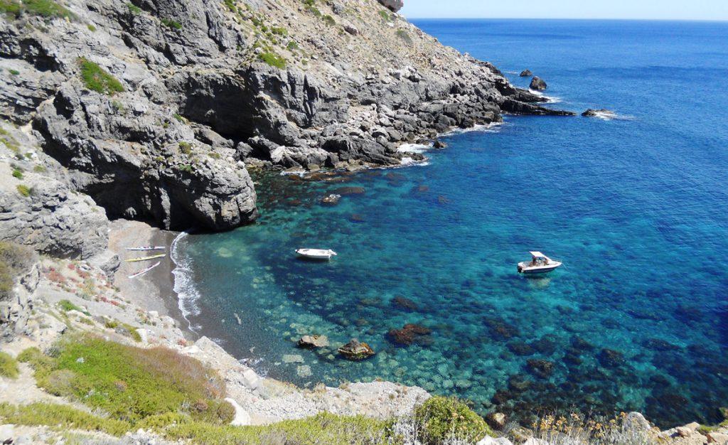 Boating holidays, Cala Nera Marettimo