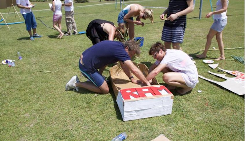 fun team building activities -
