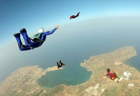 Sport & Adventure Holiday in Sicily -Skydiving Sicily