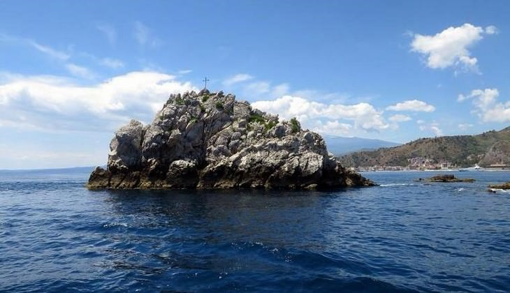 Diving Taormina - diiving over Sicily