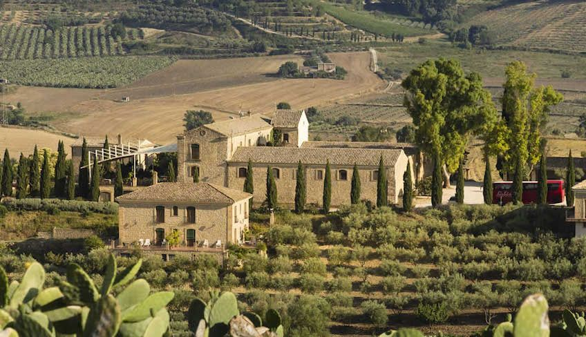 Sicilian tipical house - sicily wine travel