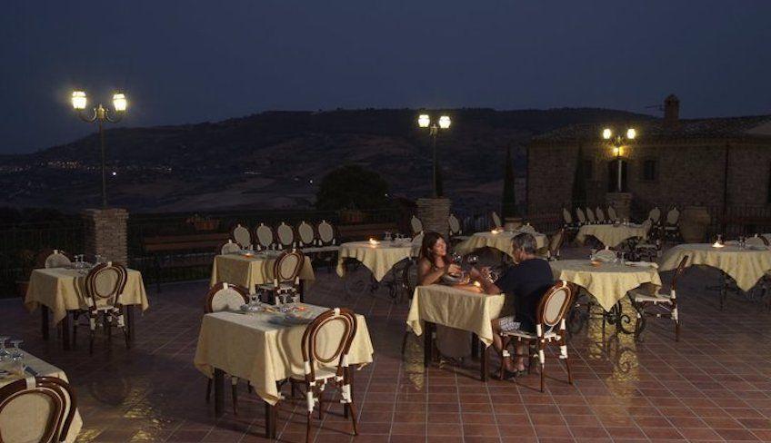 Dinner Piazza Armerina - white wine sicily