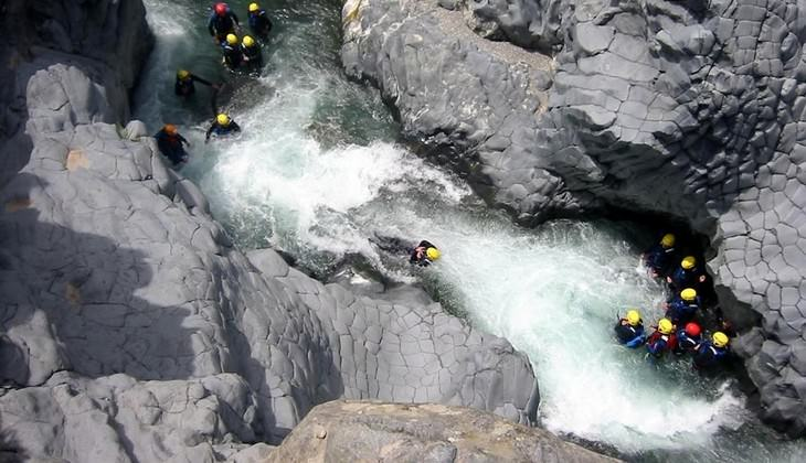 Rafting Sicily - travel in the nature