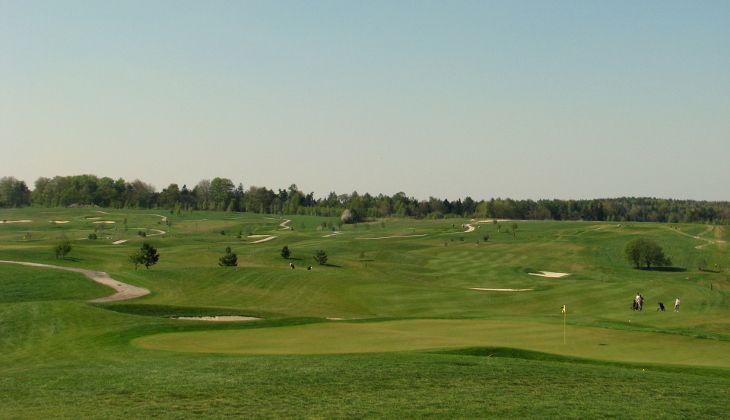 Golf Holidays - playing golf Italy