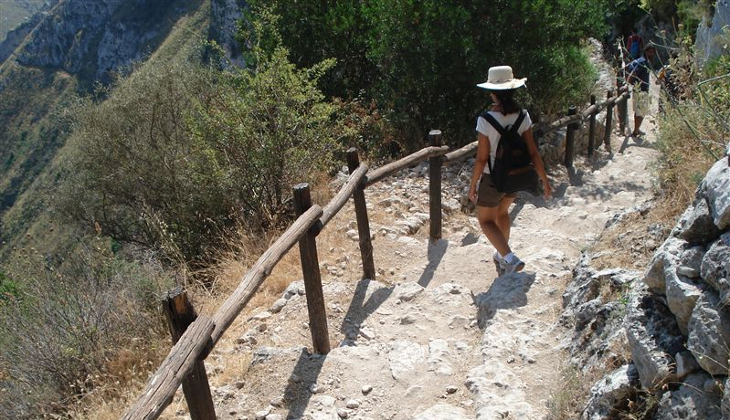 Sport & Adventure Holiday in Sicily -Hiking Siracusa