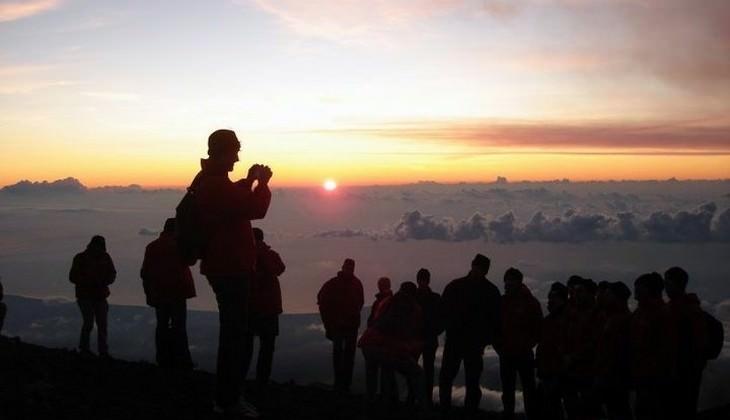 Hiking Etna - sicily volcano news