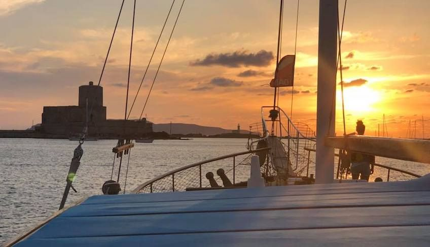 Cruise in Egadi - reserve a yacht
