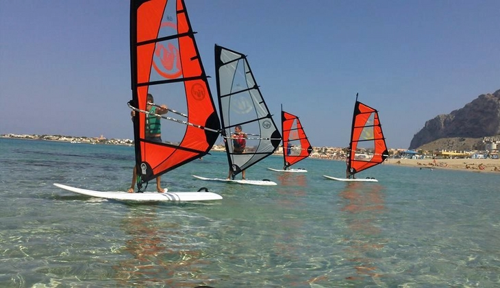 Sport & Adventure Holiday in Sicily -Windsurf classes Italy
