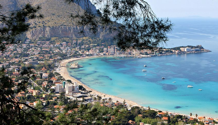 Hiking Palermo - boat experience