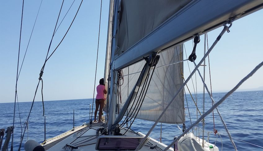 Sailing classes in Italy - sailing techniques
