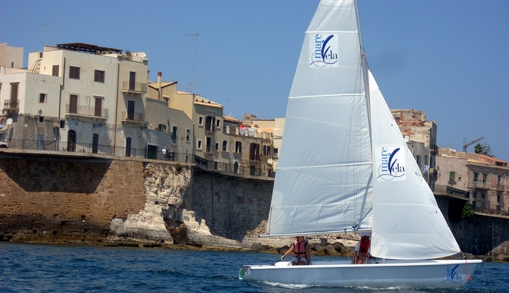 Sailing classes in Italy - the best offers in Sailing Course for a Boating  holidays tour in Sicily