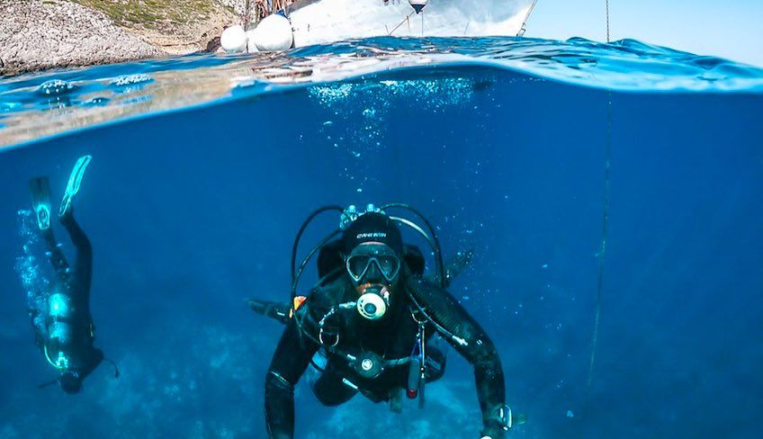 Diving in Sicily - summer activity holidays