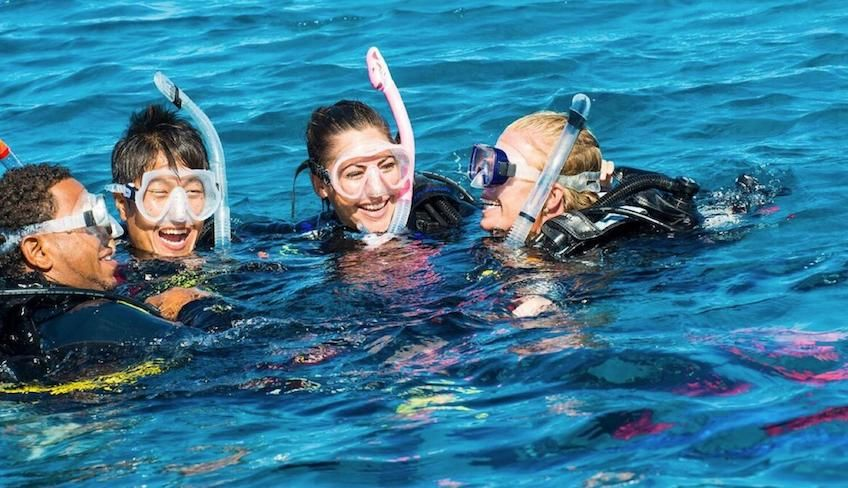 Diving in Sicily - dive master