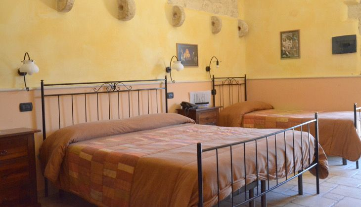 hotels in ragusa - best place to stay in sicily