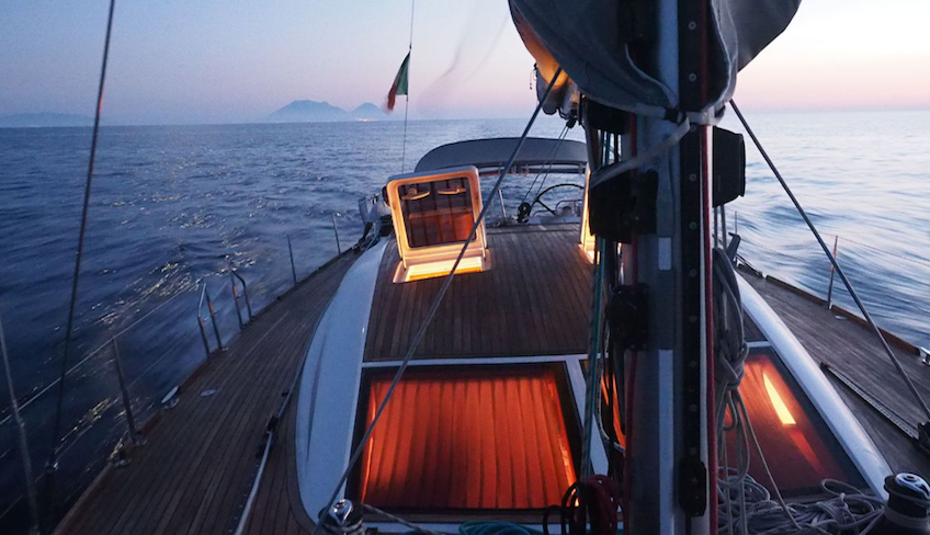Boating holidays Holiday in Sicily -Visit Eolie