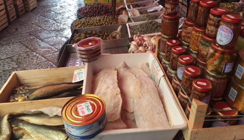 Visit Palermo - sicilian cannoli
