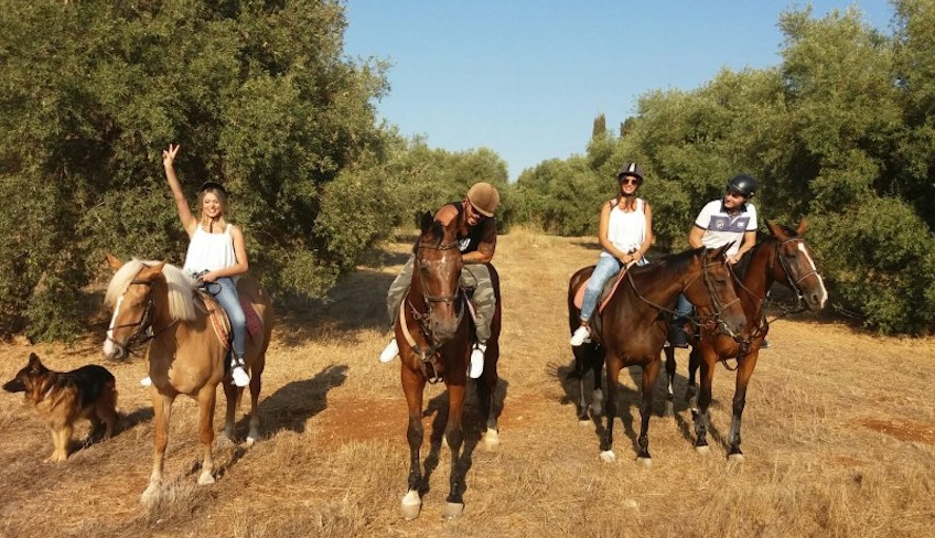 horse riding in sicily