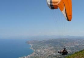Sport & Adventure - Holiday in Sicily - italian paragliding