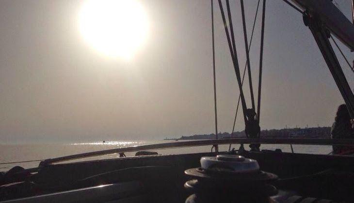 1-Day Yacht Cruise - Tour in Barca a Vela