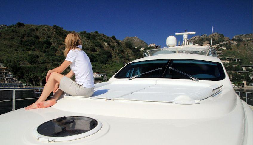 yacht charter aeolian islands -