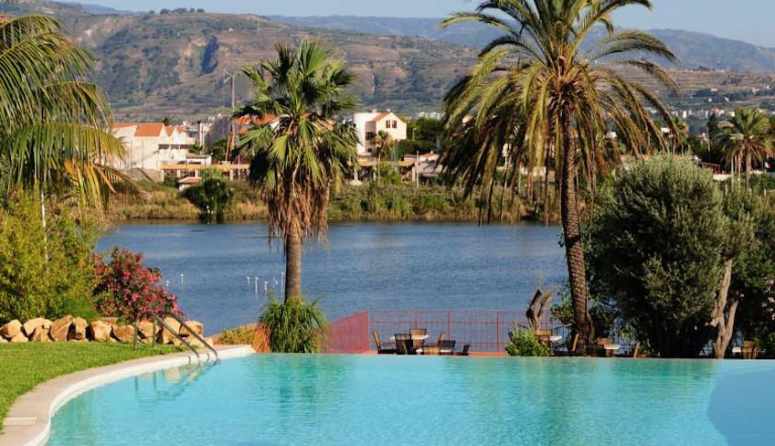 hotel in messina sicily - weekend messina